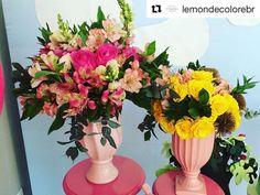 """Fabi Borgheresi Eventos (@fabiborgheresi) no Instagram: """"#Repost @lemondecolorebr ・・・ E hoje teve uma #festapeppa alegre e colorida! Arranjos florais na…"""""""