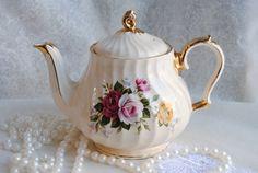 Beautiful Shabby Chic/SADLER/Vintage Tea Pot/ by HoneyandBumble, $24.00