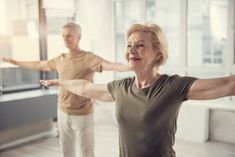 Study: Intensive Yoga Improves Physical, Mental Symptoms in Rheumatoid Arthritis Tight Hamstrings, Rheumatoid Arthritis Symptoms, Chest Muscles, Arthritis Treatment, Good Posture, Reduce Inflammation, Alternative Medicine, Back Pain, Exercise