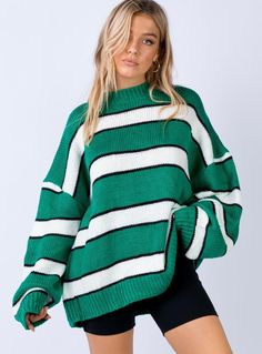 #greenstripedsweater #blackshorts