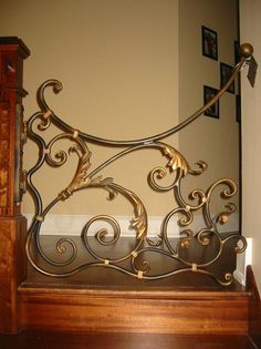 Child/Dog Gate. This is so pretty!