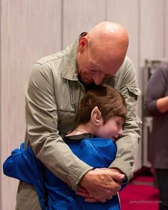 This young girl wanted to meet Patrick Stewart and made her request known to the Make-a-Wish foundation. Her dream came true on Saturday at Dragon*Con. Sir Patrick said it was his favorite part of the convention. Excuse me while I get rid of these onions...