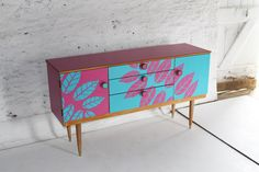 Designer Lucy Turner transforms mid-century furniture with the clever use of laser cut Formica laminate. juicy-pink-lucy turner