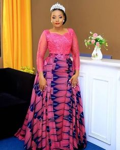 afrikanische hochzeiten 2019 Unique and trendy aso ebi dresses : Top & classy aso ebi collections for beautiful and gorgeous African Ladies African Fashion Ankara, Latest African Fashion Dresses, African Print Dresses, African Dresses For Women, African Print Fashion, African Wedding Attire, African Attire, African Outfits, Ankara Long Gown Styles