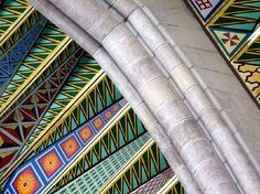 Detalle del techo de la Almudena en Madrid