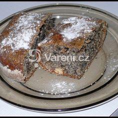 Bábovkový makovec recept - Vareni.cz Pudding, Desserts, Food, Tailgate Desserts, Deserts, Custard Pudding, Essen, Puddings, Postres