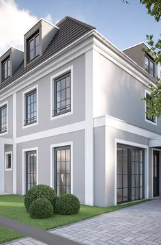 House Outside Design, House Front Design, Classic House Exterior, Duplex Design, Stucco Homes, Exterior Paint Colors For House, English House, Facade House, House Painting