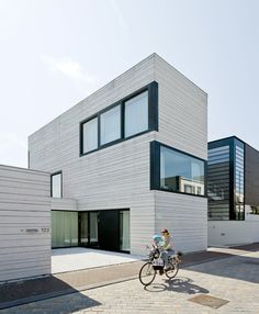 Urban Villa in Amsterdam Pasel Kuenzel Architects