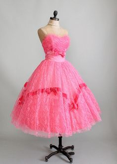 Vintage 1950s BRIGHT Pink Tulle and Lace Prom Dress.