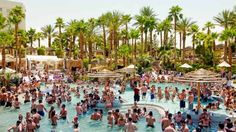 It's already hot enough for poolside cavorting and lounging in Sin City, but not so hot that you'll ... - Lindsay Hebberd/Corbis