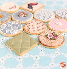 Learn to make cookies that are delicacies of design, texture & color in this online video class! Get instant, lifetime access to HD lessons from cookie decorating pro Amber Spiegel.