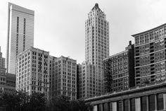 Verticals B&W, Chicago