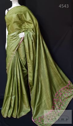 Silk Saree Blouse Designs, Saree Blouse Patterns, Fancy Blouse Designs, Trendy Sarees, Stylish Sarees, Fancy Sarees, Saree Embroidery Design, Hand Embroidery Dress, Cutwork Saree