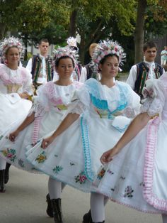 Velkobílovický kroje jižní morava - Costumes from South Moravia, Czech republic