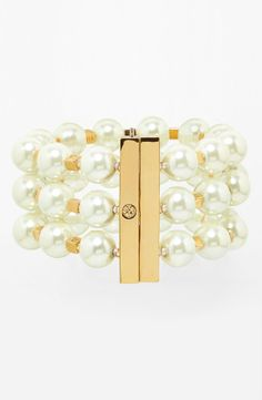 You can never have too many pearls. In love with this Tory Burch three strand pearl bracelet.