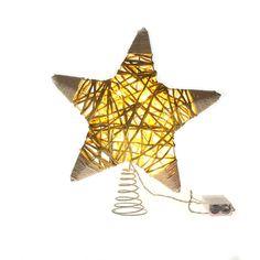 Estrella de rattán con 10 luces led. 51x26x47cm