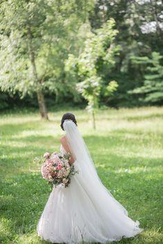 svadba_tibenska_16 Wedding Pictures, Glamour, Wedding Dresses, Fashion, Bride Dresses, Moda, Bridal Gowns, Fashion Styles, Weeding Dresses