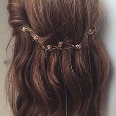accessories for prom Hair Accessories accessories prom Messy Hairstyles, Pretty Hairstyles, Wedding Hairstyles, Hairstyle Ideas, Blonde Hairstyles, Hair Inspo, Hair Inspiration, Hair Chains, Hair Buns