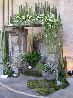 Altar Flowers, Church Flower Arrangements, Church Flowers, Floral Arrangements, Altar Decorations, Vases Decor, Centerpieces, Horticulture, Flower Show