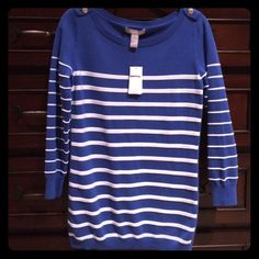 """NWT Banana Republic stripe sweater Size Small Tall. Thick 100% cotton, great fabric. Solid stripe down side for elongating look! Gold anchor epaulets on shoulders. Ordered a size tall just for longer length - fits me perfectly at 5'6"""". Banana Republic Sweaters"""