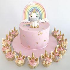This is what I had a unicorn birthday cake for my birthday - cake . - Kuchen Kindergeburtstag - first birthday cake-Erster Geburtstagskuchen Birthday Cake Girls, First Birthday Cakes, Birthday Parties, Cupcake Birthday Cake, Birthday Cup, Birthday Kids, Surprise Birthday, Themed Parties, Unicorn Cake Topper