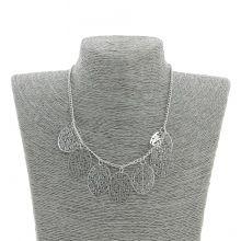 Collier fantaisie métal avec un très beau pendentif