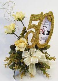 Fiori 50 Anniversario.Bouquet Di Fiori Per 50 Anni Di Matrimonio Nel 2020 50esimo