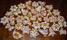 ze by posledne tento rok? Gingerbread Cookies, Waffles, December, Breakfast, Desserts, Christmas, Inspiration, Creative, Gingerbread Cupcakes