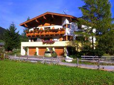 Ferienhaus Appartement Padrins * * * * Obernberg Am Brenner, Austria, Cabin, House Styles, Home Decor, Cozy Apartment, Nature Reserve, Cottage House, Vacation