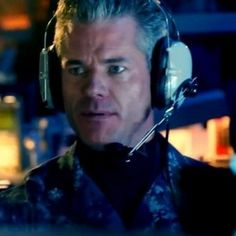 Michael Bay's The Last Ship Trailer -- TNT orders 10 episodes of this drama series about a U.S. Navy destroyer who may be among the last survivors on Earth after a global disaster. -- http://wtch.it/ucTBK