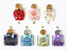 Miss quatreの香水ブローチ ★ 7 DESIGNS