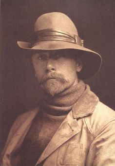 Edward S. Curtis, Self-portrait, 1899 célèbre photographe d'indiens d'amérique