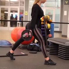 All you need is a barbell and dumbbell 🙌🏼. This is fantastic if the gym is super packed (no benches) because you can set yourself up anywhere with the step/risers 👌🏻. Fitness Workouts, Fitness Motivation, Fitness Goals, Fitness Tips, Butt Workouts, Body Fitness, Health Fitness, Gym Time, Workout Challenge