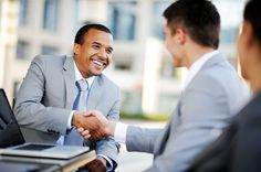 Wondering how to be a good salesman? Looking for all the qualities it takes to succeed in this profession! Take a look…