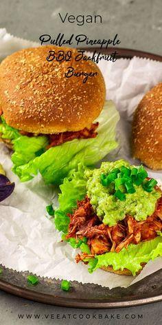 Vegan Pulled Pineapple BBQ Jackfruit Burger - A Vegan Recipe for BBQ Pulled Pork with Pineapple. This burger is a quick comfort meal. Jackfruit Sandwich, Jackfruit Recipes, Vegan Dinner Recipes, Delicious Vegan Recipes, Vegan Dinners, Whole Food Recipes, Lunch Recipes, Diet Recipes, Healthy Recipes