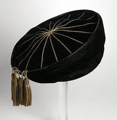 10-12-11  Toque hat, 1915