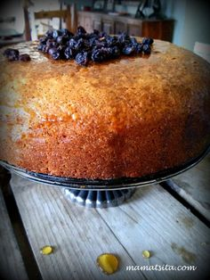 Greek Cake, Cyprus Food, Pastry Cook, Greek Desserts, Pita Bread, Appetisers, Macaroni And Cheese, Recipies, Food And Drink