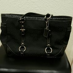 Coach leather bag Great condition. Coach Bags