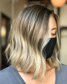 If you want to brighten up your angled bob, go for it! Pro tip—a root shadow will accentuate the blonde hue, and give it a more dimensional edge. Blonde Angled Bob, Angled Bobs, Angled Bob Hairstyles, Latest Hairstyles, Makeup Tips, Hair Makeup, Dimensional Blonde, Bright Blonde, Short Hair Cuts