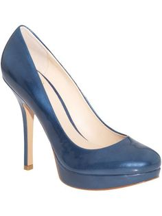 http://shoes.about.com/od/womens_shoes/tp/blue_shoes.-1yv.htm?r=9F