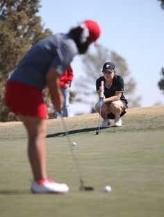 GIRLS GOLF: Lady Bronchos, Lady Panthers begin quest for district title