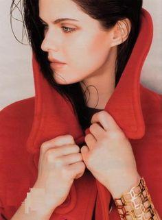 Alexandra Daddario Hot Face  #hollywoodactress #celebritystyle