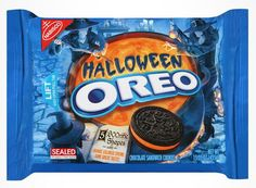 I'm learning all about NABISCO Target Exclusive Nabisco Oreo Halloween Sandwich Cookies oz at Weird Oreo Flavors, Cookie Flavors, Halloween Oreos, Halloween Chocolate, Halloween Snacks, Chocolate Wafers, Chocolate Cookies, Sandwich Cookies, Oreo Cookies
