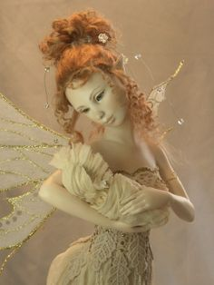 One of the faeries in the woods  Figuur - Hannie Sarris Fairy Fantasy Sculptures