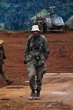02 Feb 1971, Khe Sanh, Vietnam --- UPI staff photographer Kent Potter. --- Image by © Bettmann/CORBIS
