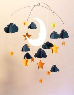Ideas Baby Diy Mobile Paper Clouds For 2019 Diy Paper, Paper Art, Paper Crafts, Cool Baby, Diy For Kids, Crafts For Kids, Paper Mobile, Origami Mobile, Papier Diy