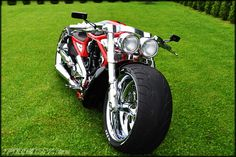 '09 Harley-Davidson VRSCAW Supercharged | Fredy.ee