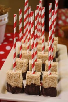 When you go to the site click on 'recipes' then 'salted brown butter rice krispie treats'. I didn't find a recipe that went with the picture but THIS recipe is the best.Rice Krispie Pops #ricekrispie #pops