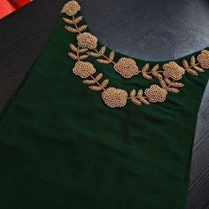 Embroidery On Kurtis, Hand Embroidery Dress, Embroidery Neck Designs, Embroidery Suits Design, Embroidery Fashion, Beaded Embroidery, Cutwork Blouse Designs, Fancy Blouse Designs, Blouse Neck Designs
