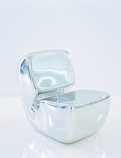 Zenith Chair (Marc Newson)